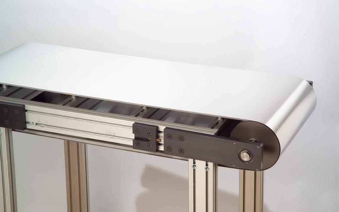 Transportbandsystem-Design für Anwendungen mit extrem hohen und niedrigen Temperaturen